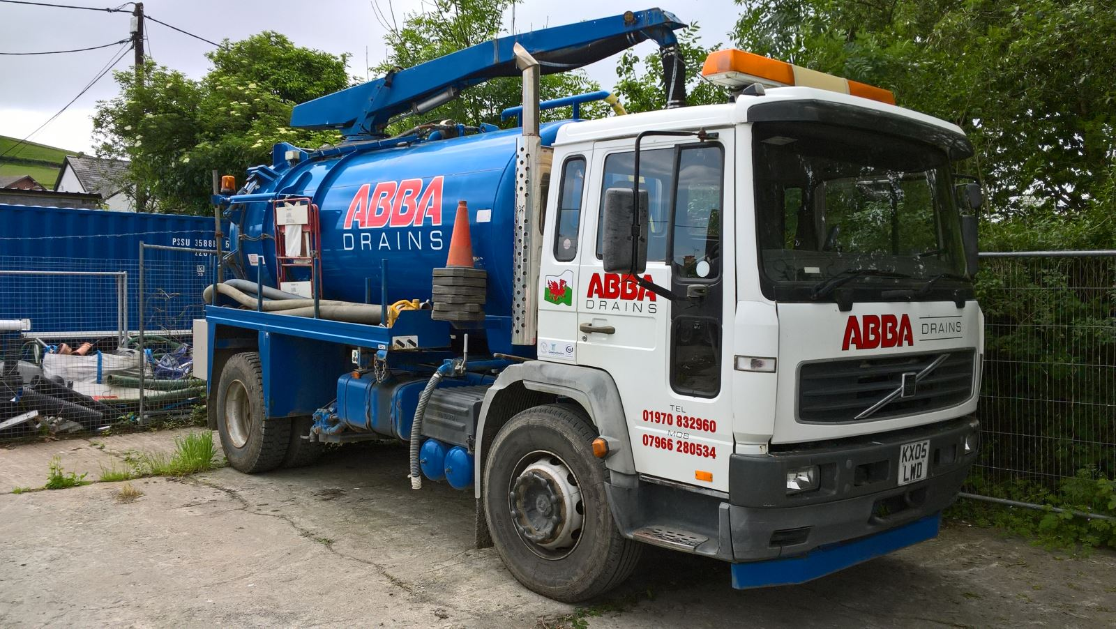 Gully Sucker Commercial Drain Cleaning Vehicle at Abba Drains Ltd